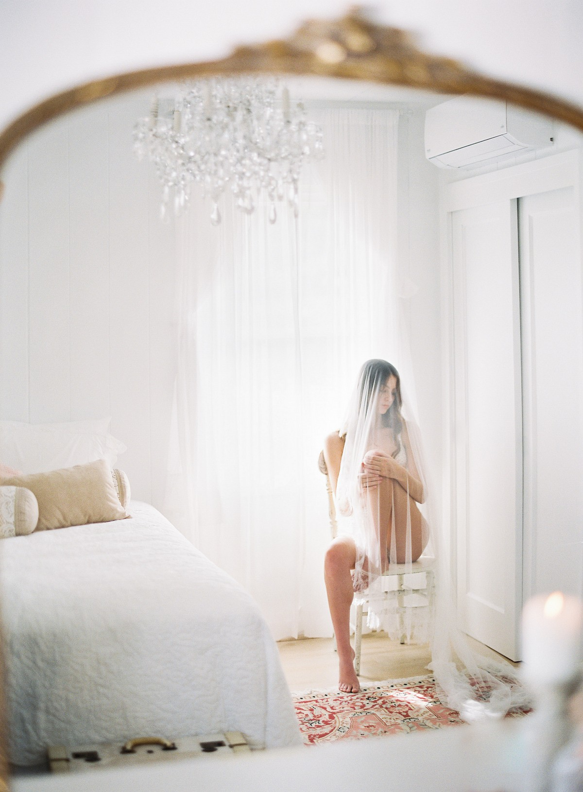 Elegant boudoir for the fine art bride