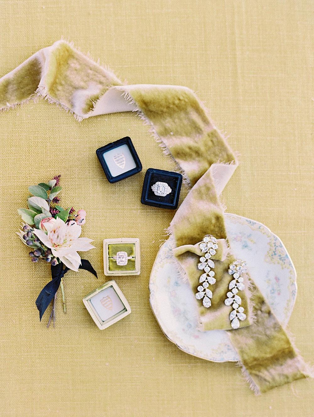 Fresh modern Autumnal Wedding Ideas