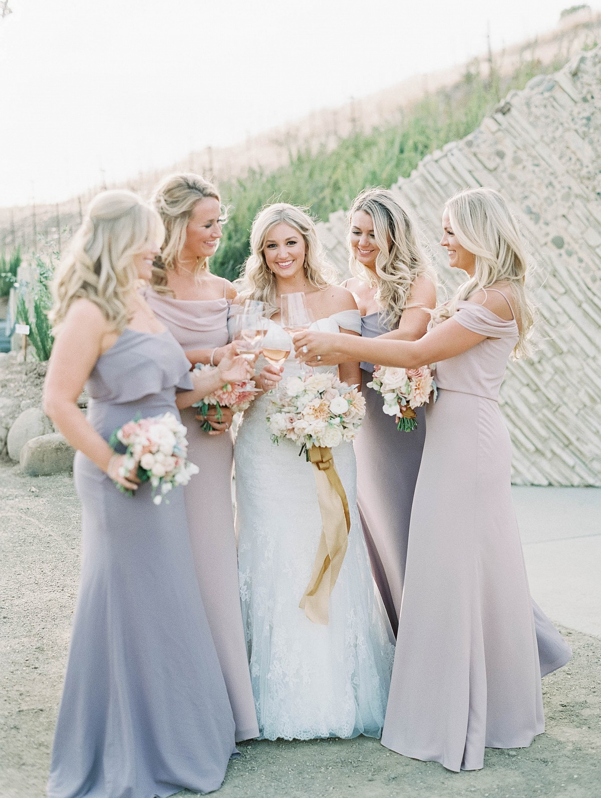Our favorite bridesmaids looks | Wedding Sparrow fine art wedding blog | Luna de Mare Photography