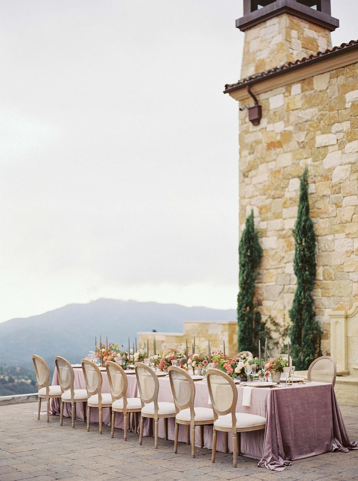 Feminine Rose and Mauve Malibu Wedding Inspiration