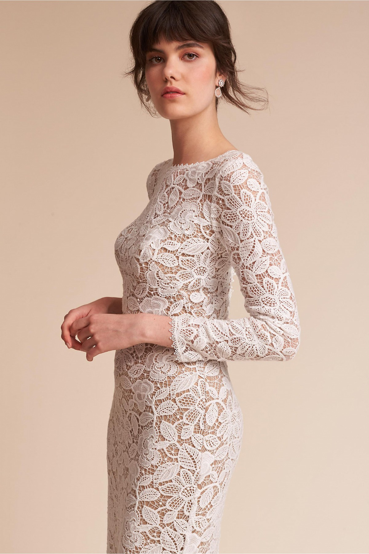 5 long sleeve wedding gowns we love | Wedding Sparrow