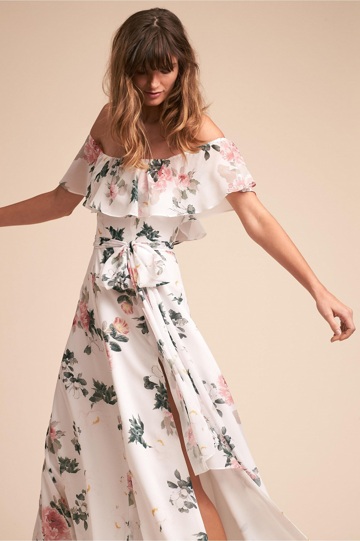 Bridesmaid dresses by season: spring, summer, fall, and winter favorites | Wedding Sparrow