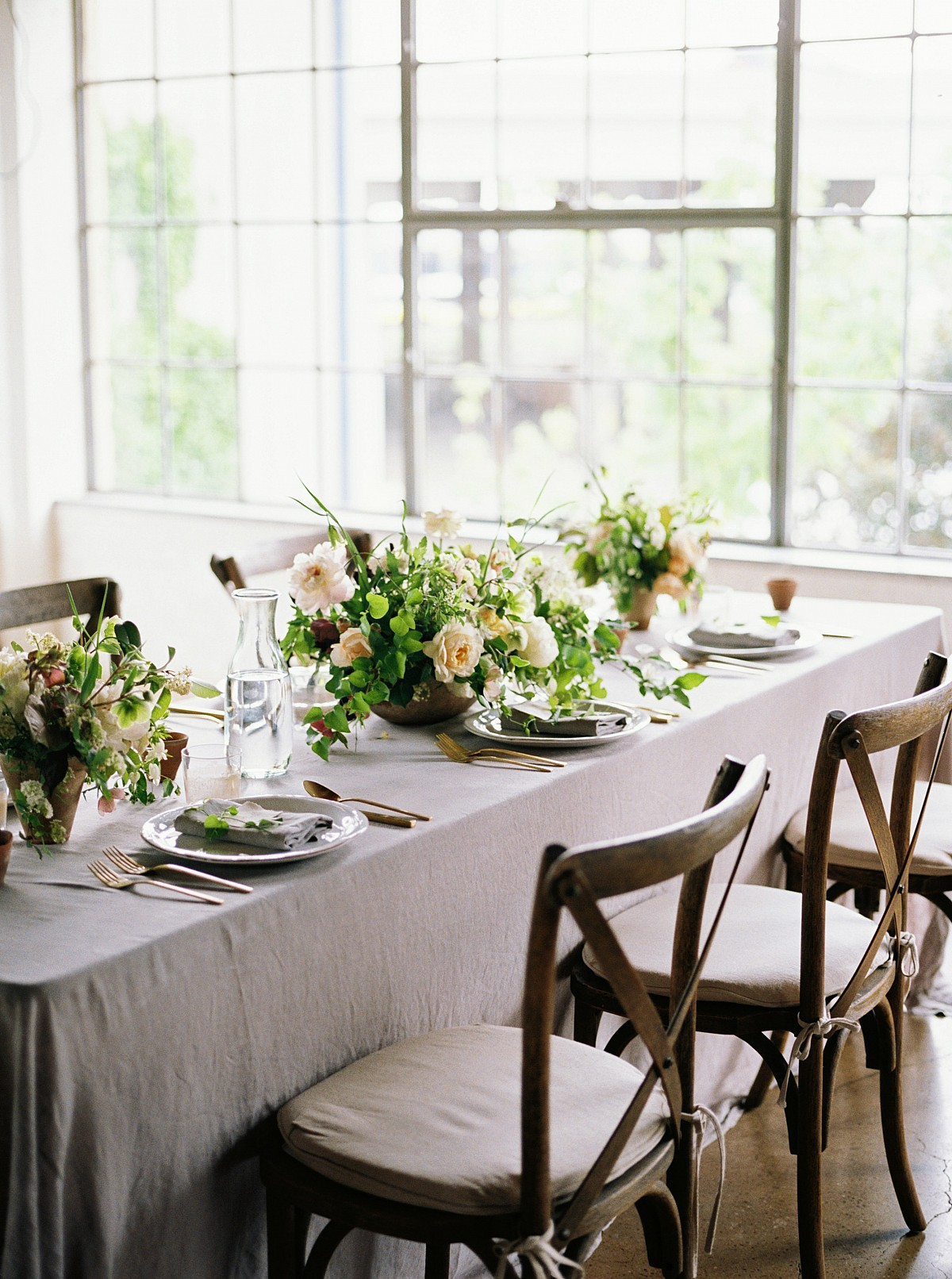 Feminine Peach Wedding and Tablescape Inspiration