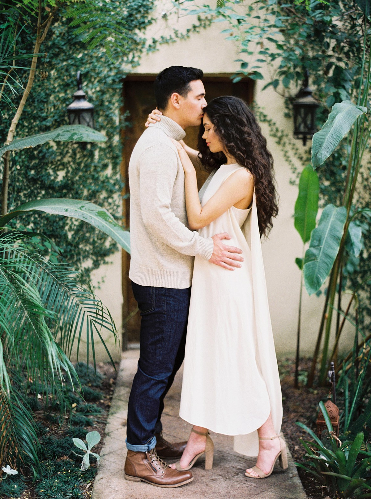 Contemporary Engagement and Couples Session at Villa Catalana