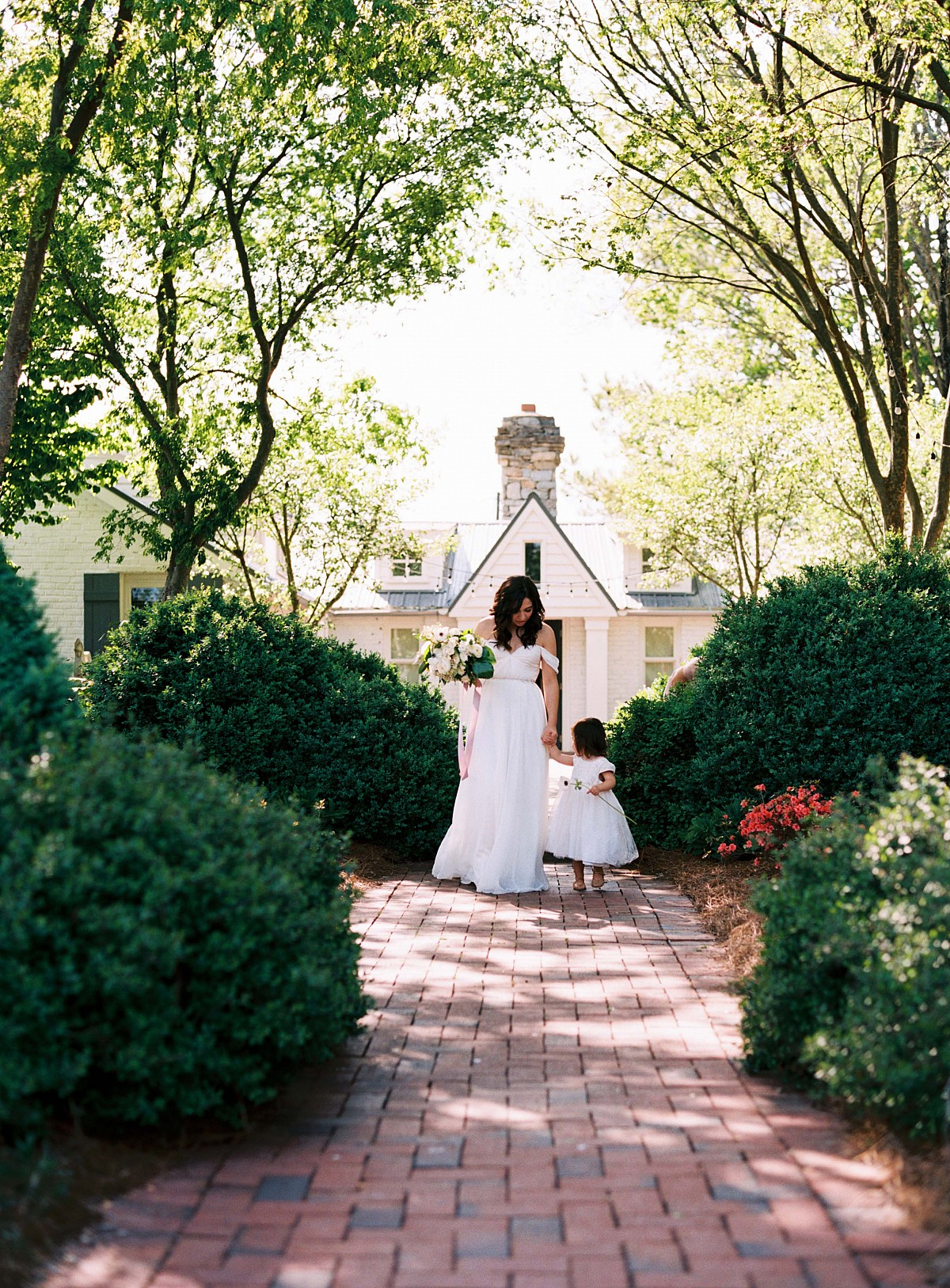 Ashtin and Travis' Heartfelt Nashville Wedding