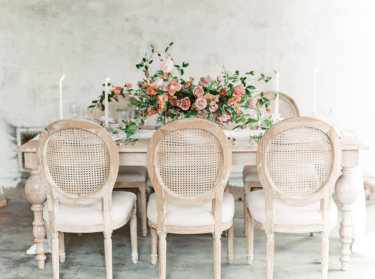 Rose and Terracotta Wedding Ideas in an Abandoned Estate