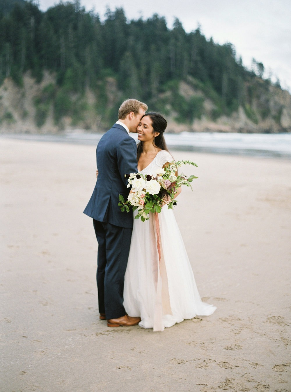 Coastal Wedding Inspiration in Oregon