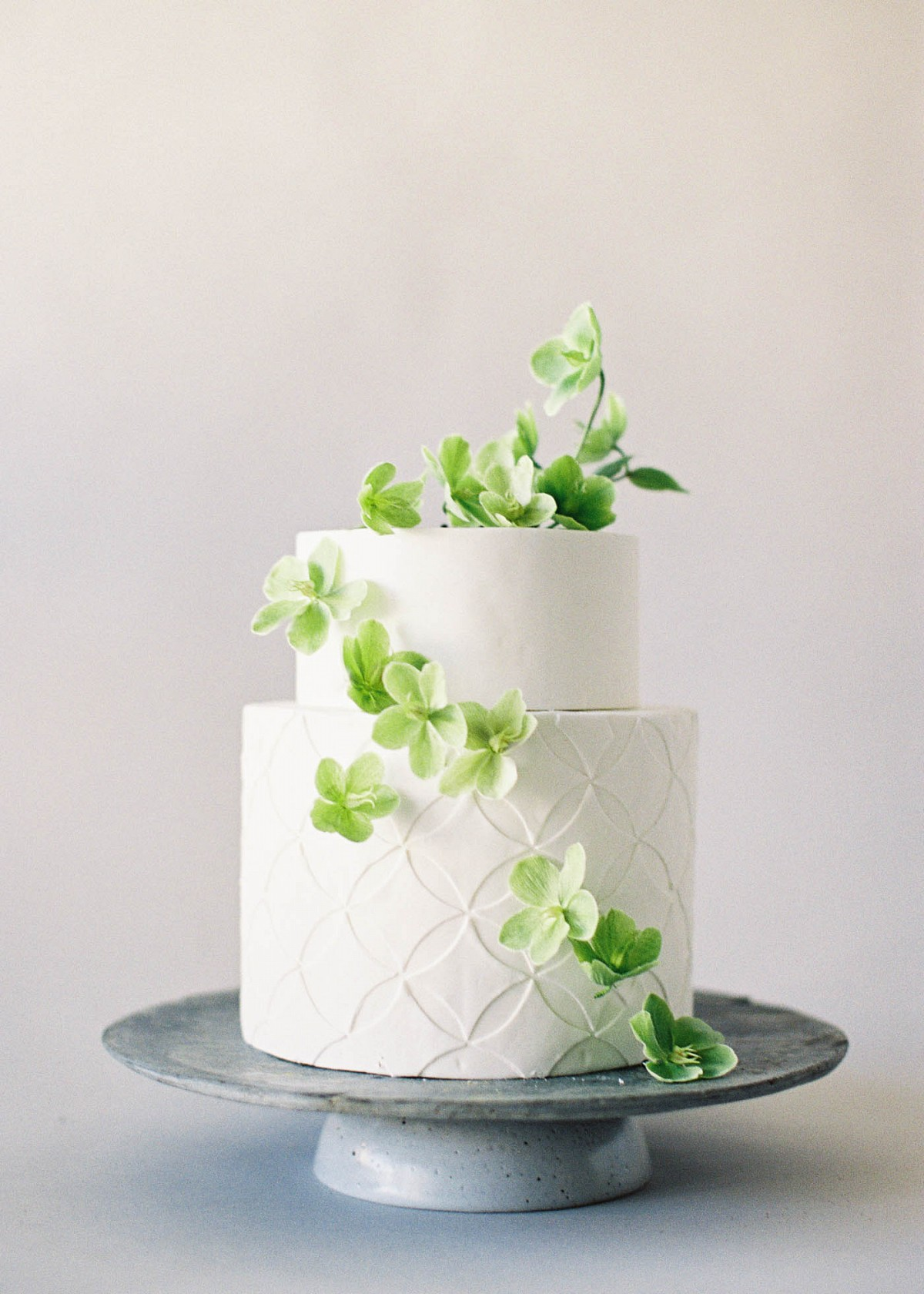 Organic And Simple Wedding Cake Inspiration