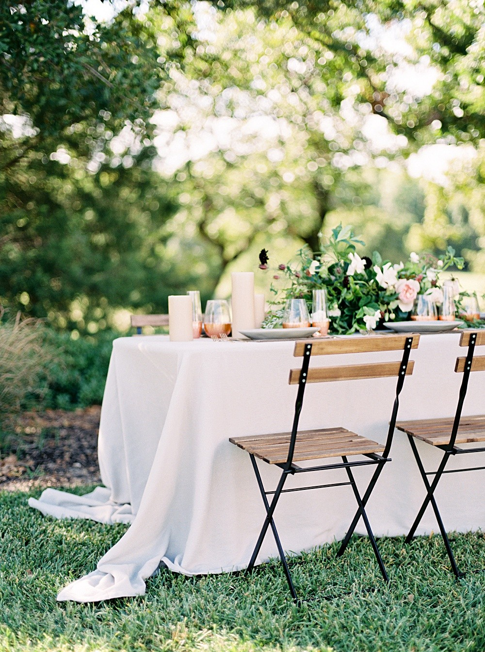 Clean, modern wedding inspiration with copper accents