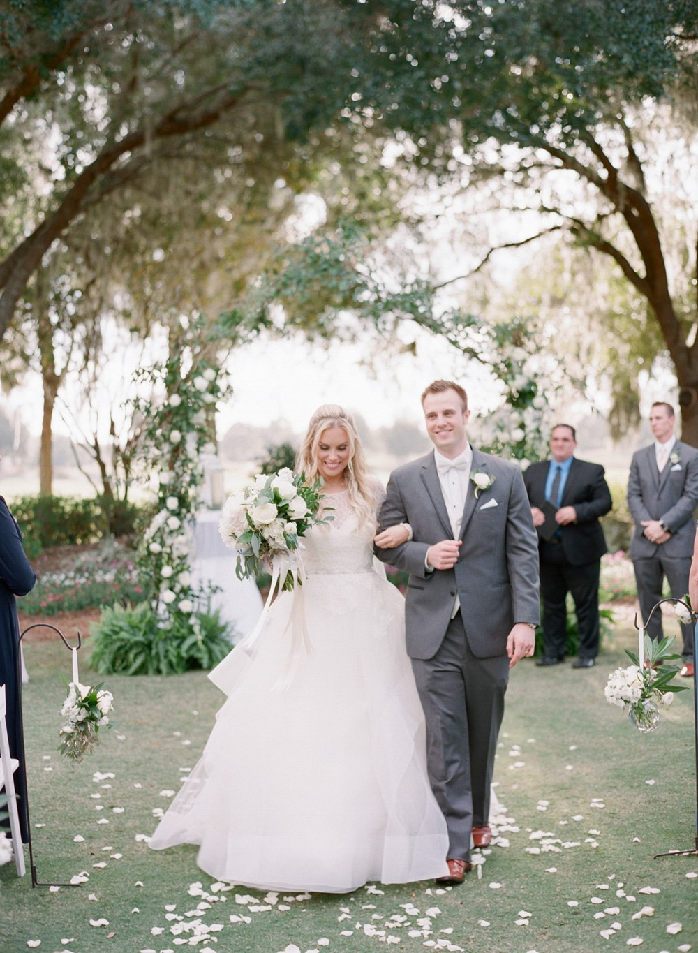 Hannah and Chris' Luxe Garden Wedding