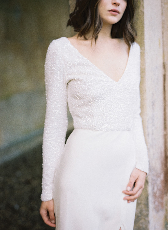 Long sleeve wedding gowns we love   Wedding Sparrow