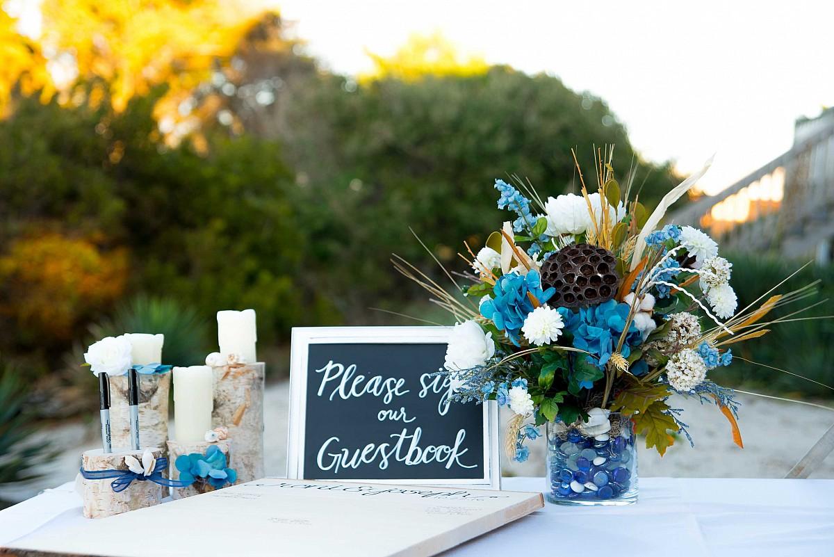 A Sweet Romance - Crystal Coast Wedding in North Carolina