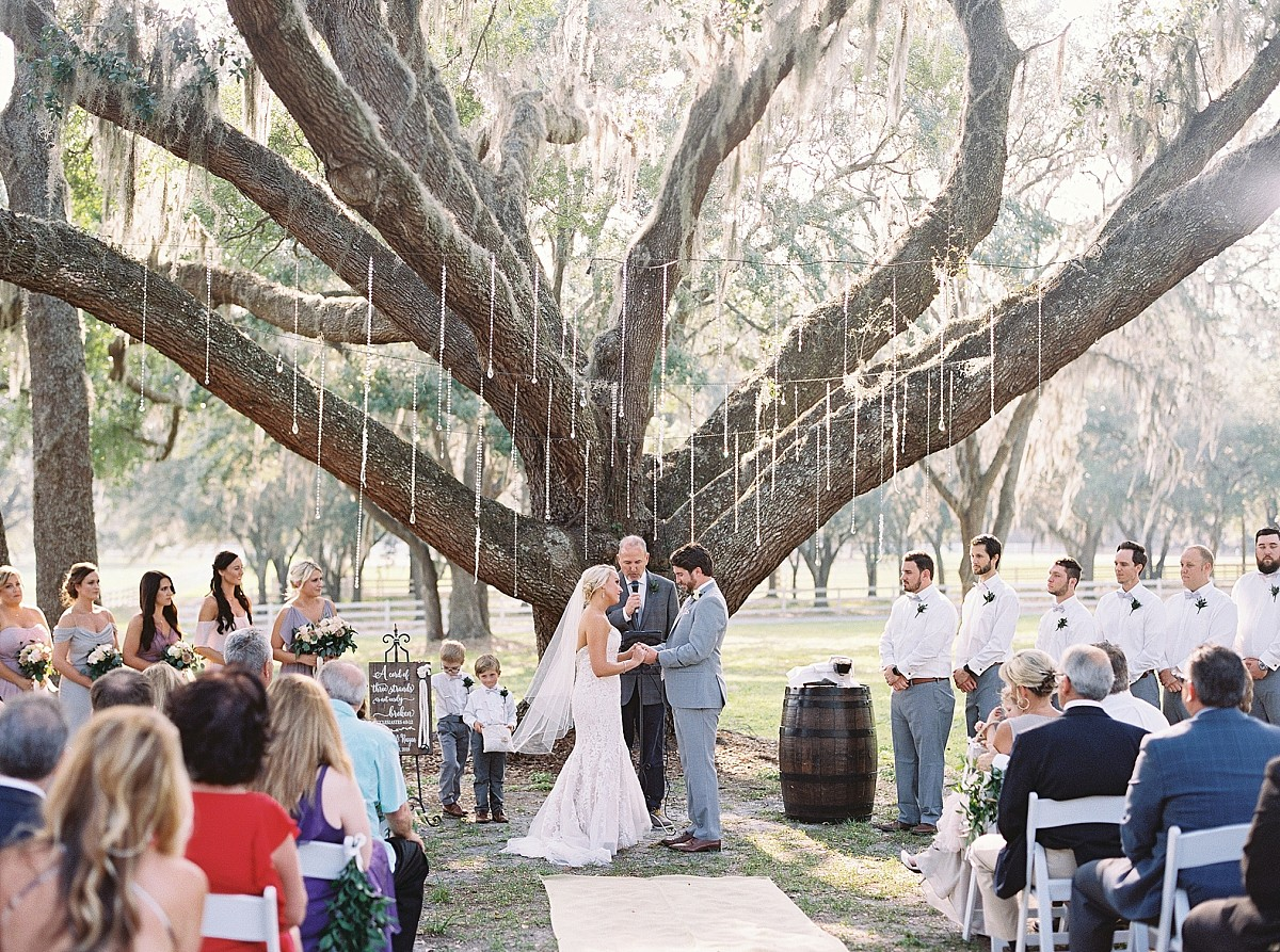 Garden Wedding full of Lilac and Blush