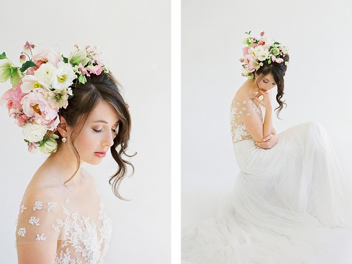 how to wear flowers in your hair on your wedding day