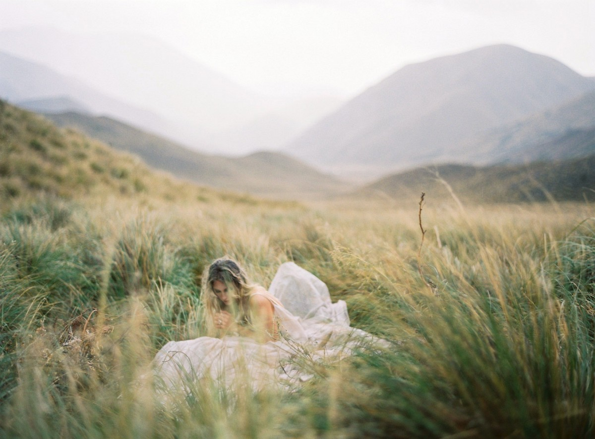 A wild and rugged bridal session in New Zealand