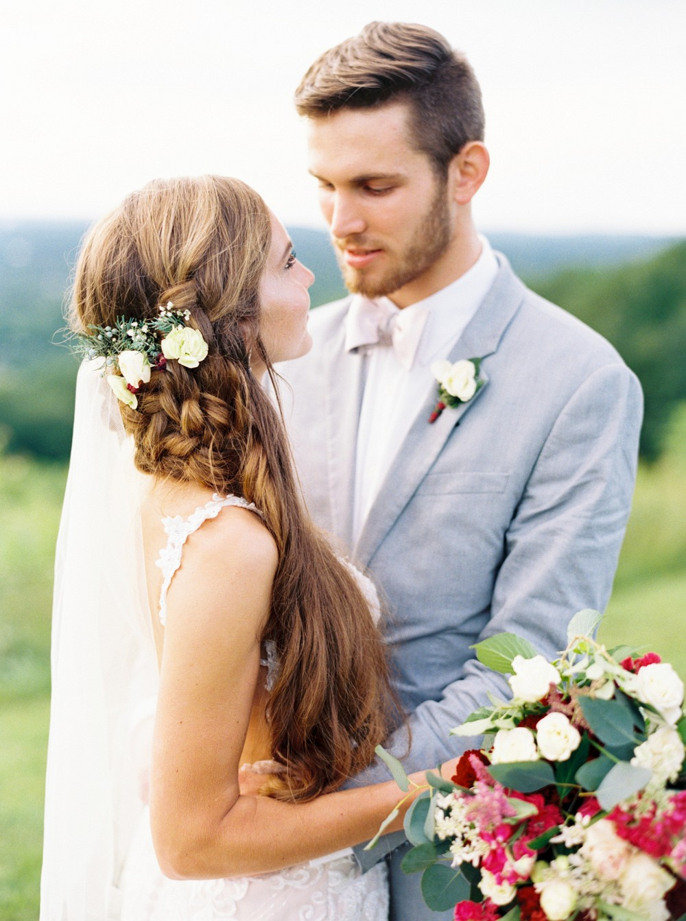 Kendra and David's Elegant Tennessee Countryside Wedding