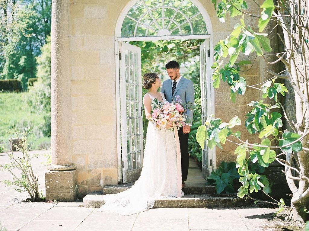 Quaint English Summertime Wedding Ideas