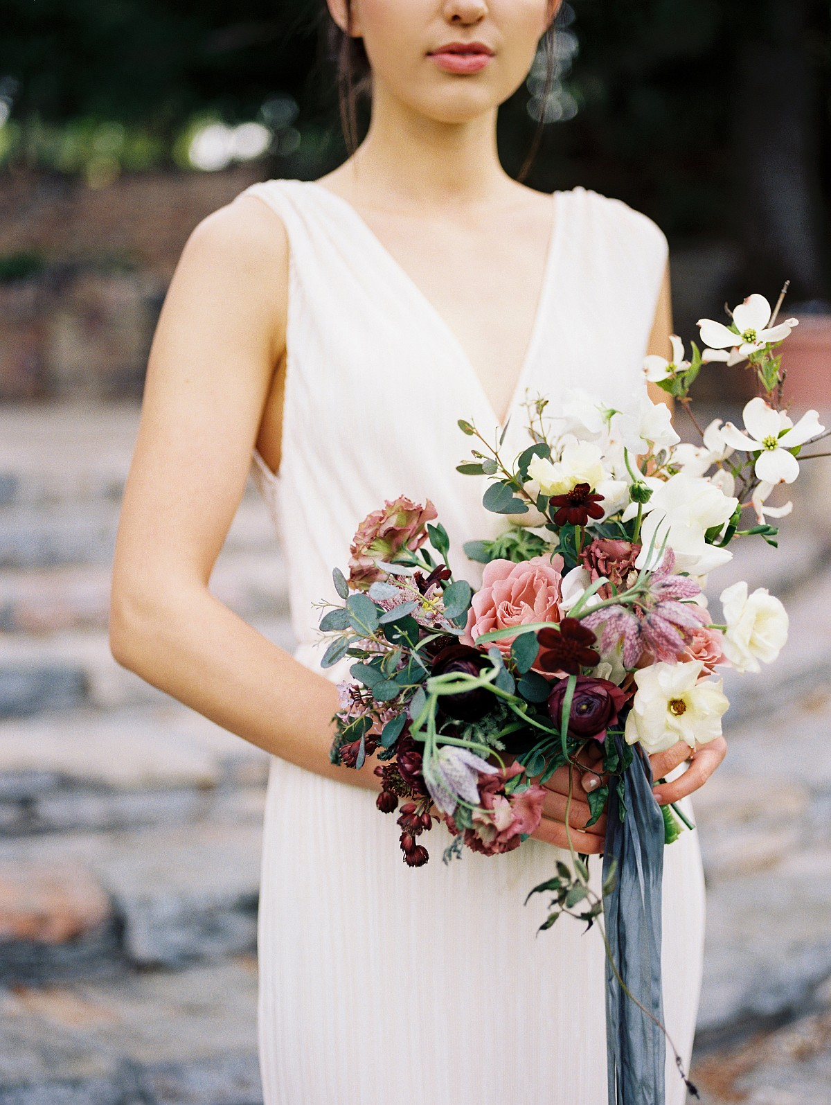 Feminine Spring Wedding Style Inspired by Lilac