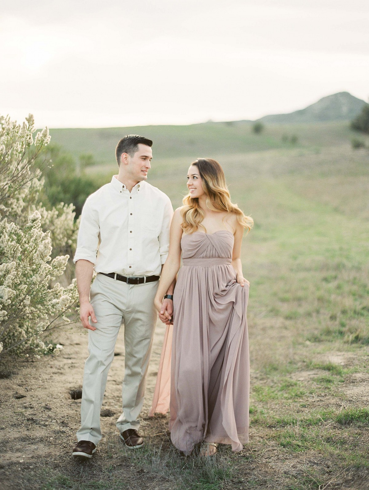 Cozy Engagement Session in Neutral Colors