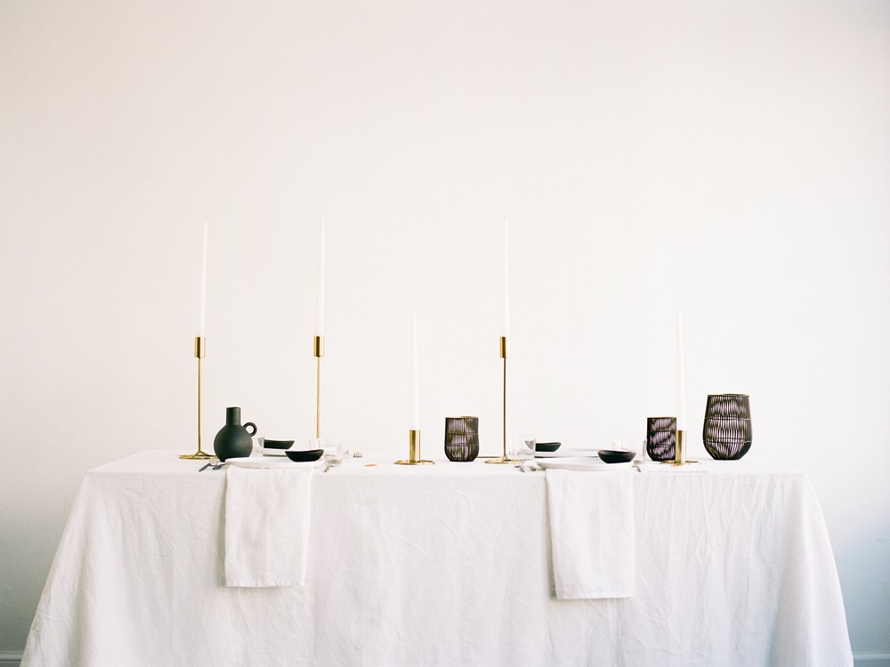 How to Utilise minimalism on your wedding day