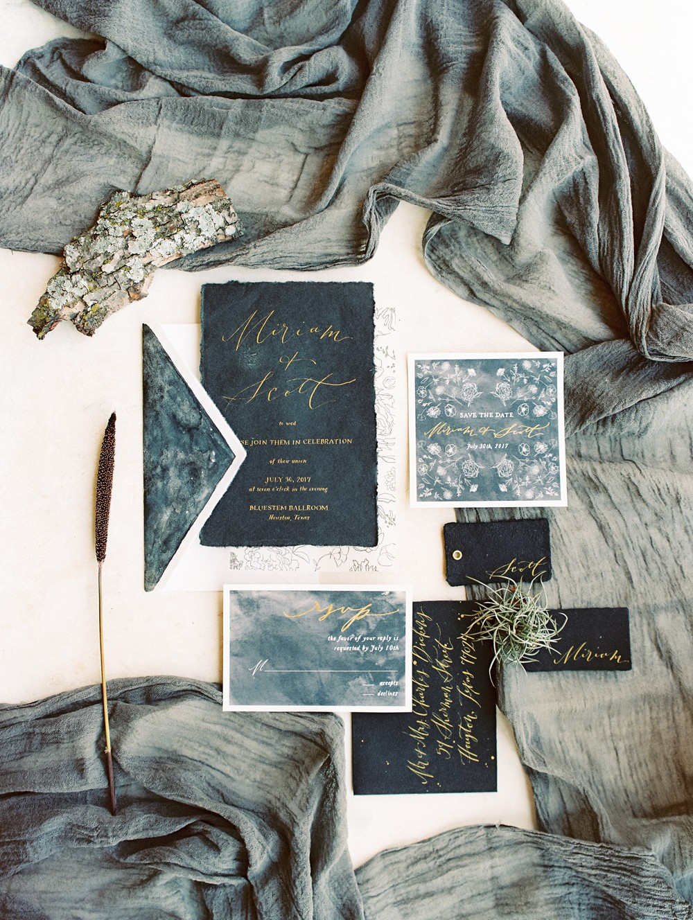 Dark & Moody Wedding Inspiration for Halloween