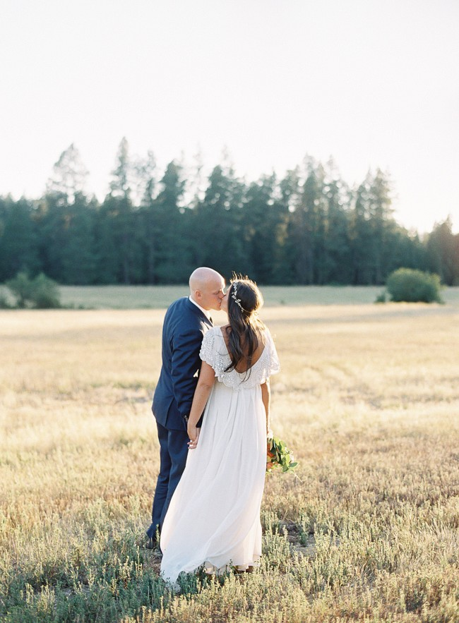 Jamie and Jake's mountainous Washington wedding