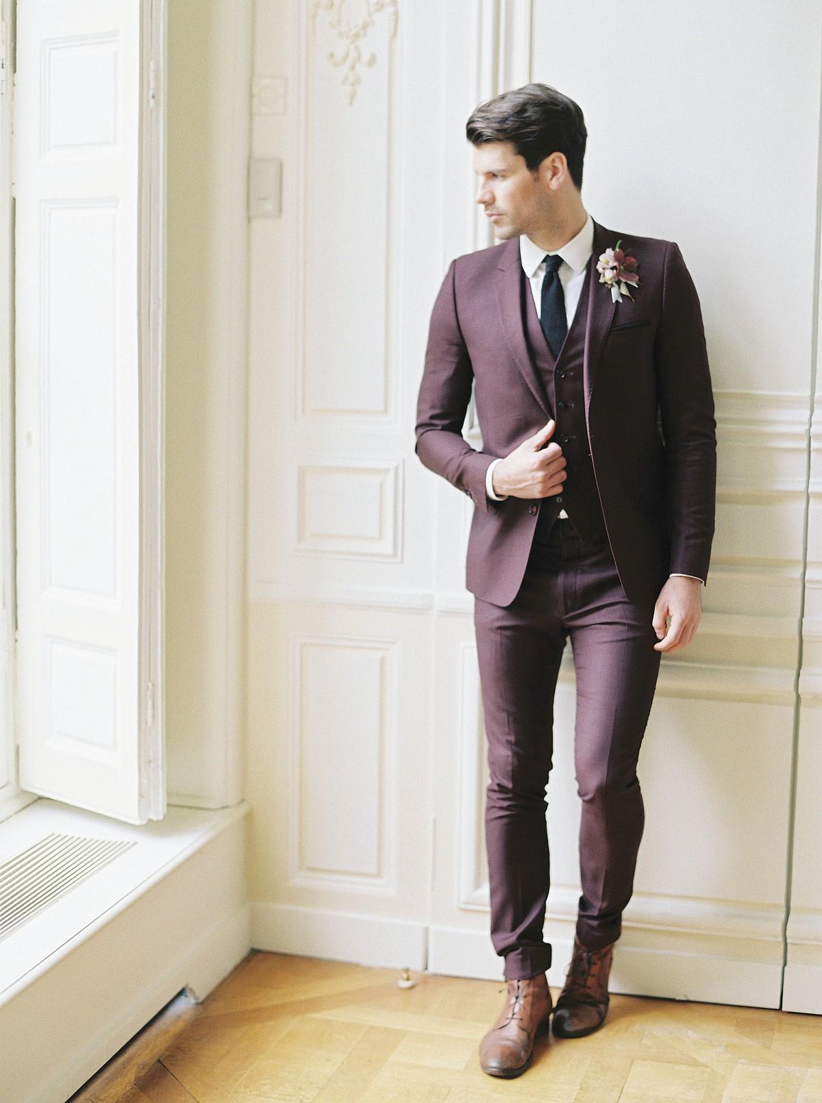 Faint blue, burgundy, and gold fall wedding inspiration in Paris
