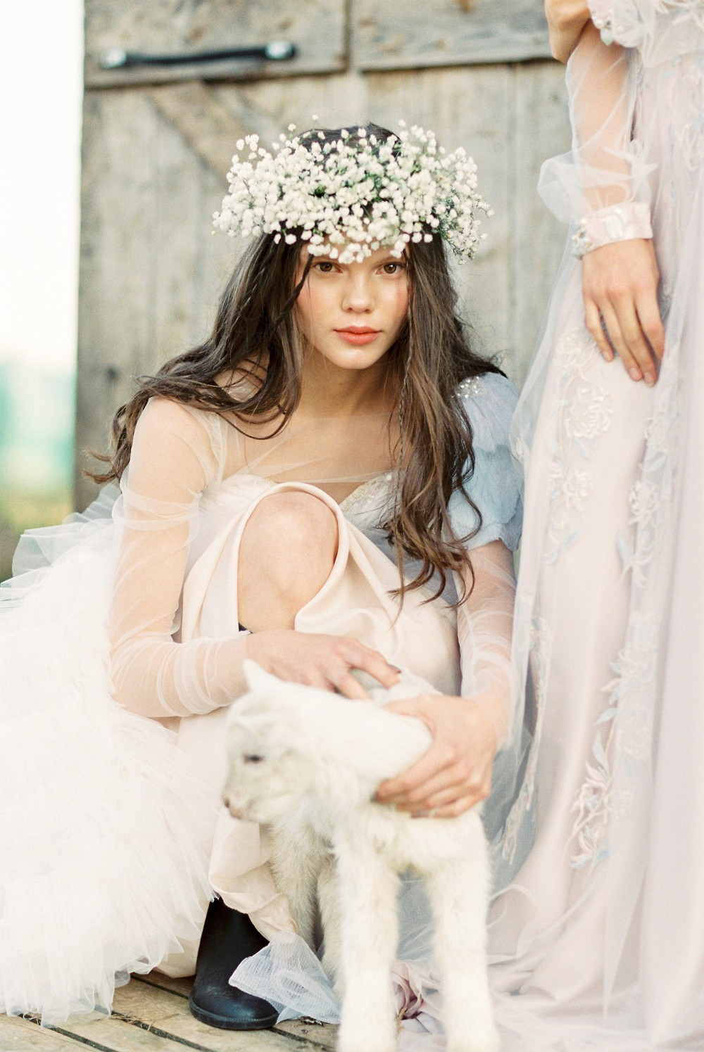 Romantic and Bohemian Wedding Gowns