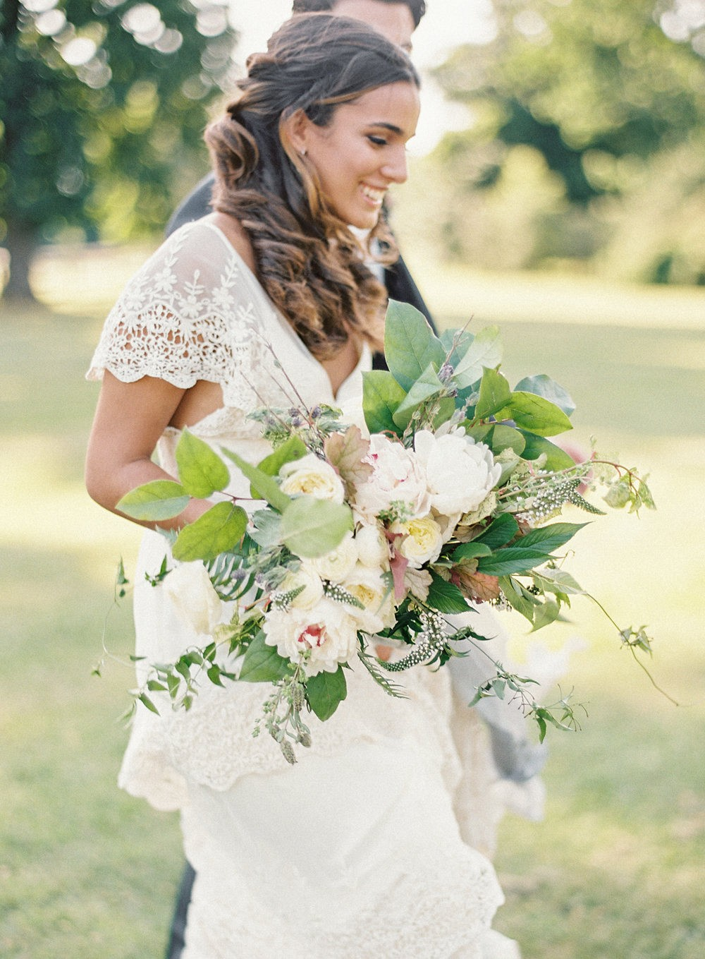 Grey and Green Outdoor Wedding Inspiration