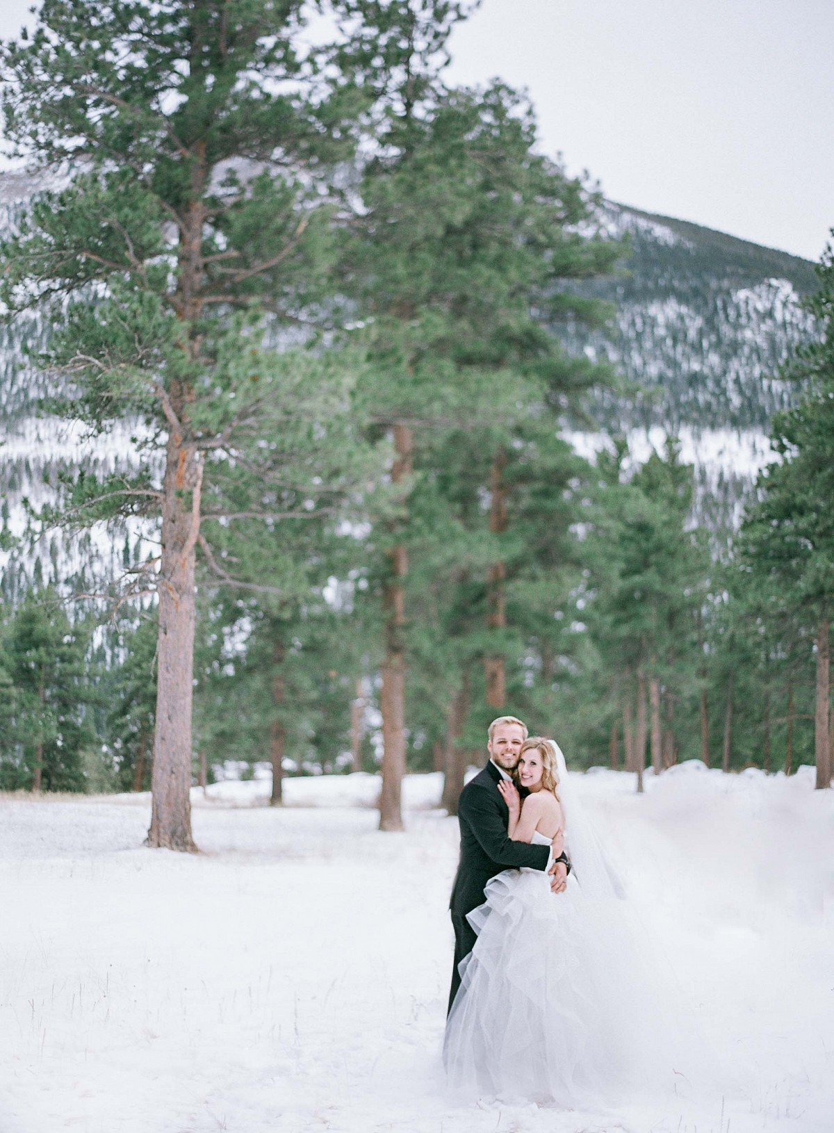 Kendall and Grant's Snowy Winter Wedding