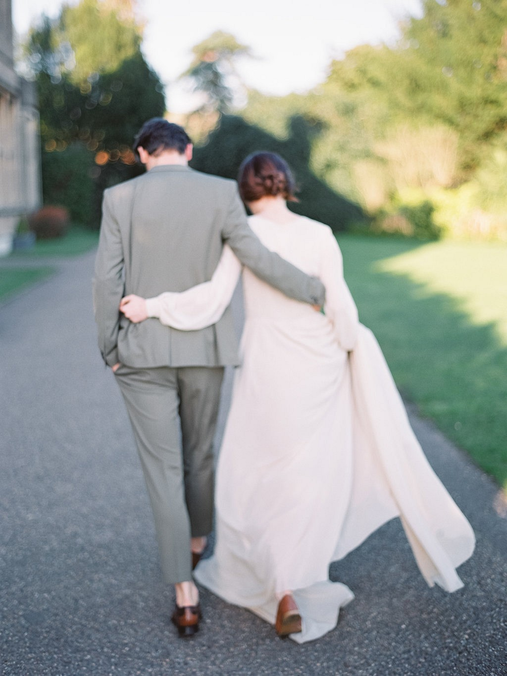 Danielle and Thaddeus' Simple and Classic Wedding