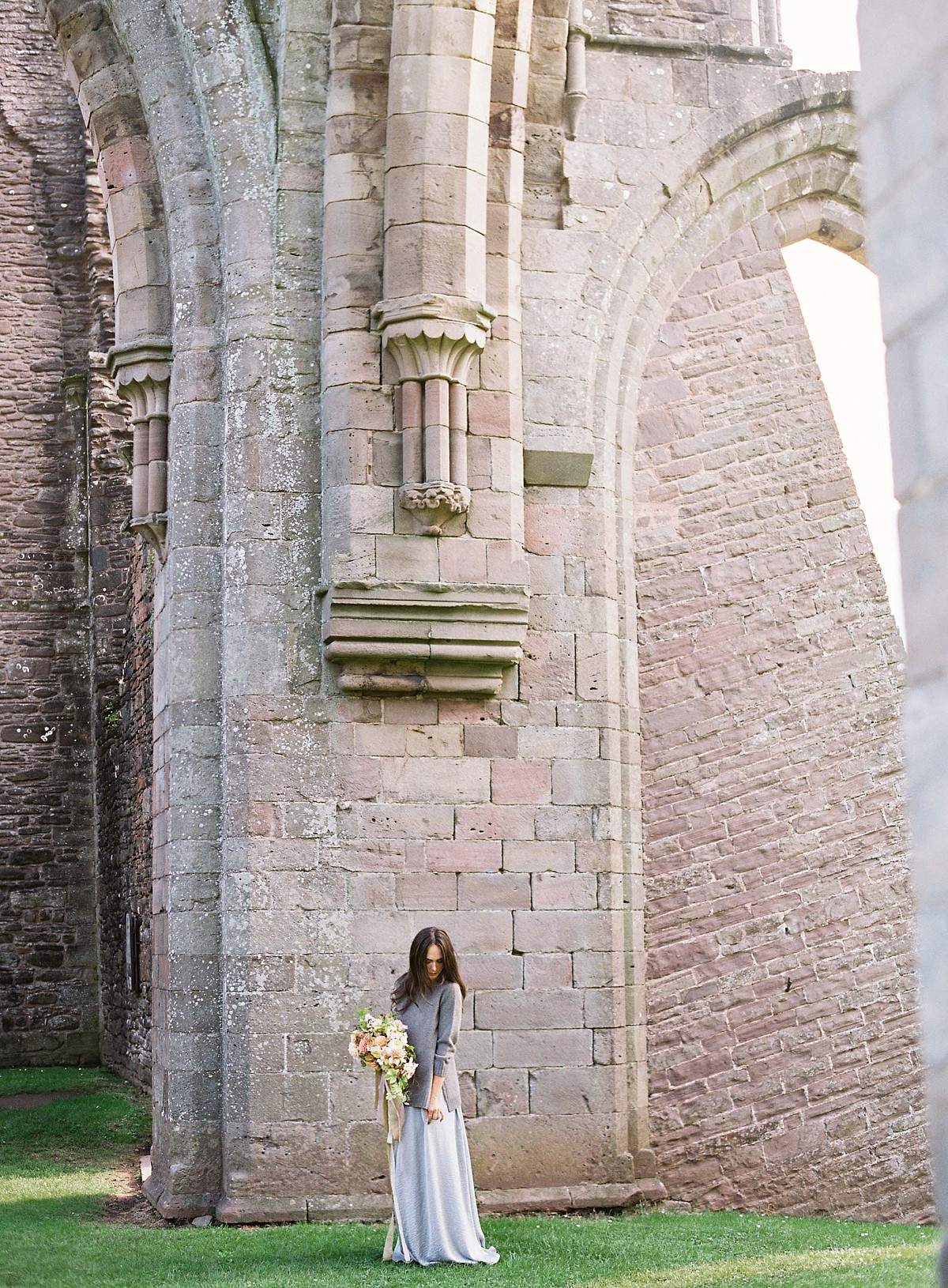 Modern and Earthy Autumnal Vow Renewal