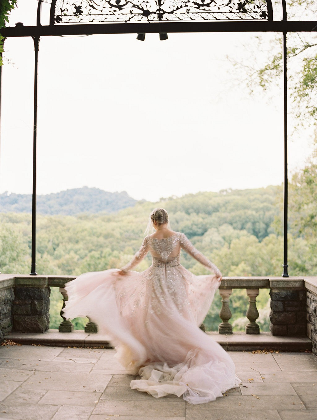 Romantic Bridals in Cheekwood Botanical Gardens