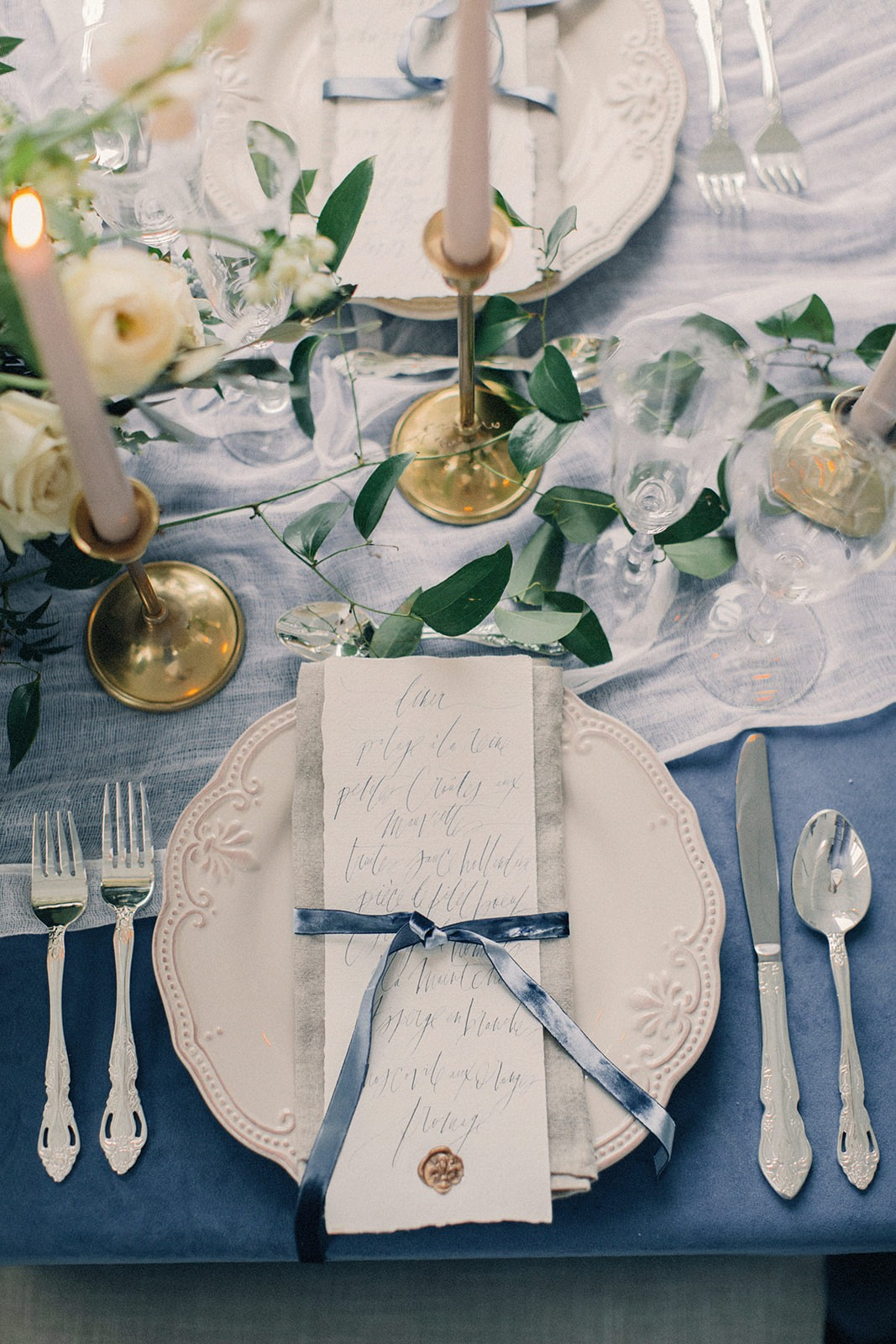 Royal Blue Elegant Wedding Inspiration