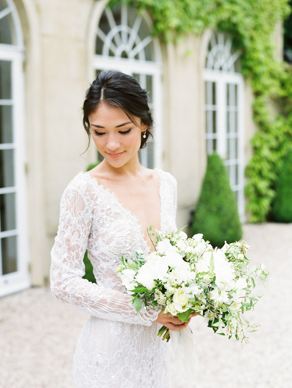 A relaxed, yet elegant English garden wedding