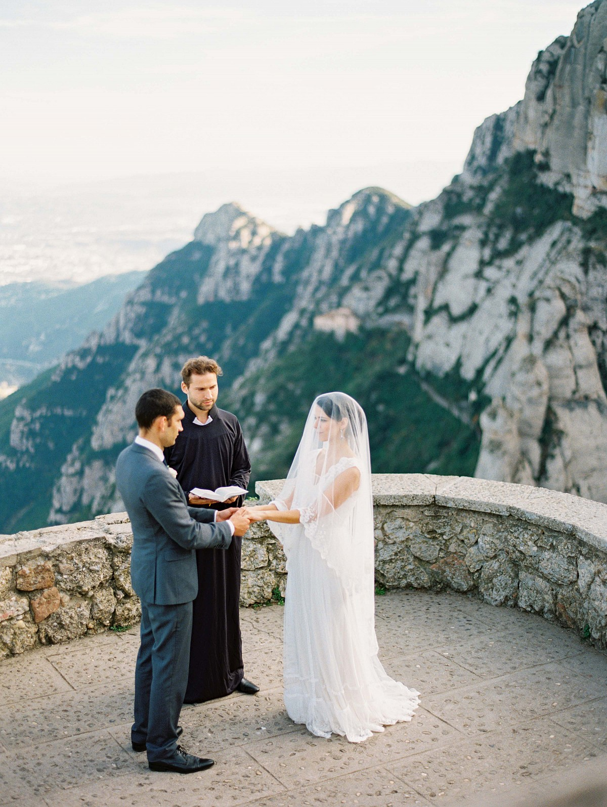 Intimate Real Elopement in Montserrat