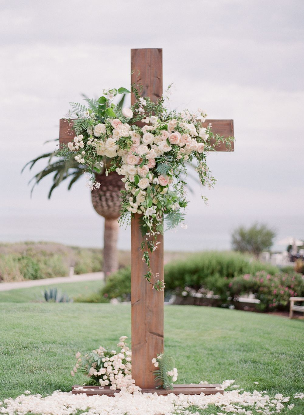 how to make a wooden cross for a wedding