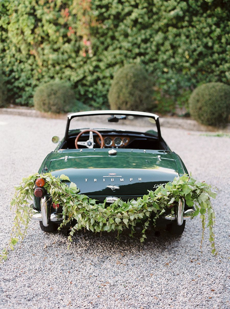 Italian Elopement and a Vintage Getaway Car by Nastia ...
