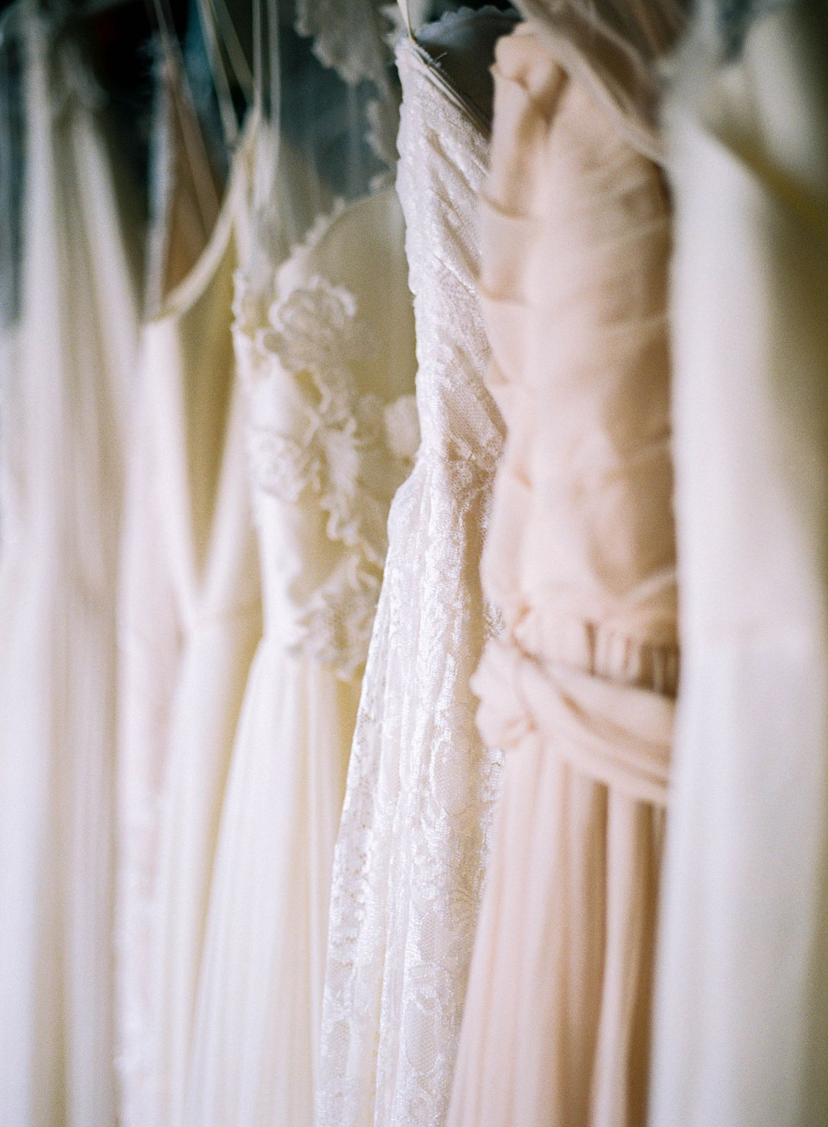 Dress Shopping Tips from The Dress Theory on Wedding Sparrow