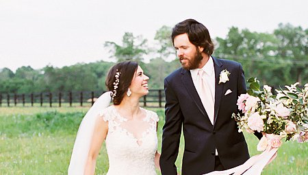 Jennifer and Scott's Blush and Navy Wedding