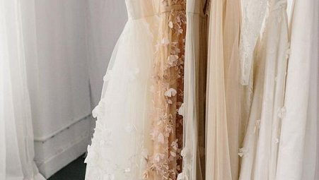 25 Best Colored Wedding Dresses for the Fine Art Bride Part 2