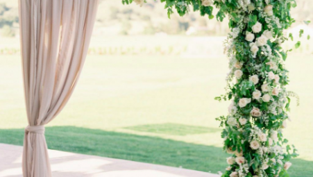 Top 5 Wedding Ceremony Florals