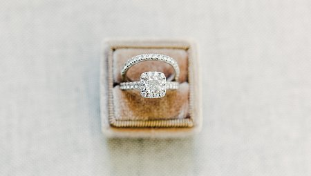 6 of the Best Engagement Ring Styles from Small Brands