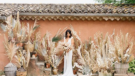 The Lesser Seen Side of Southern France Weddings - Terracotta