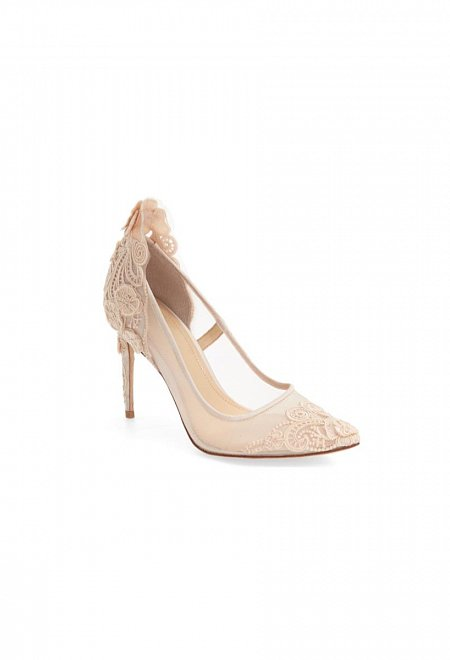 Ophelia Pointy Toe Pump