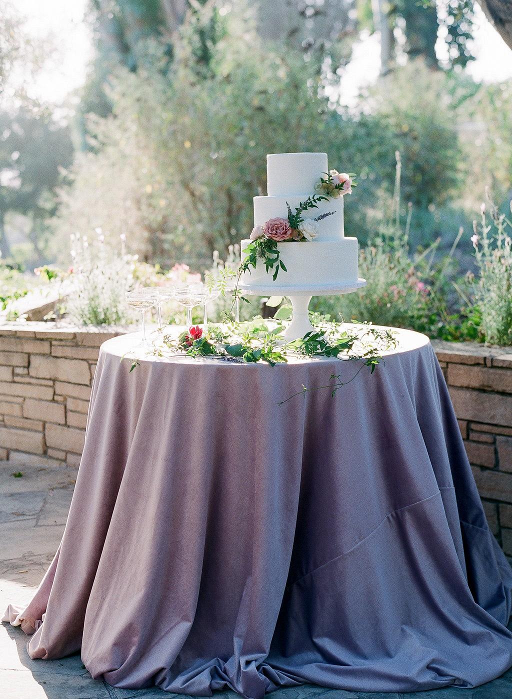 Dreamy and Elegant Pastel Wedding