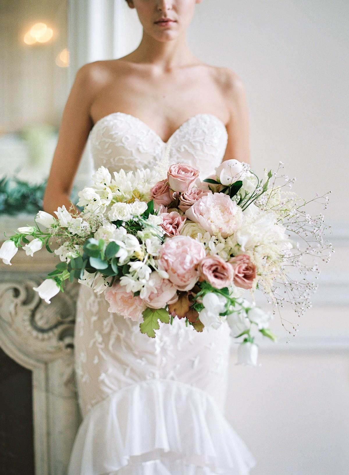 pastel color wedding bouquet