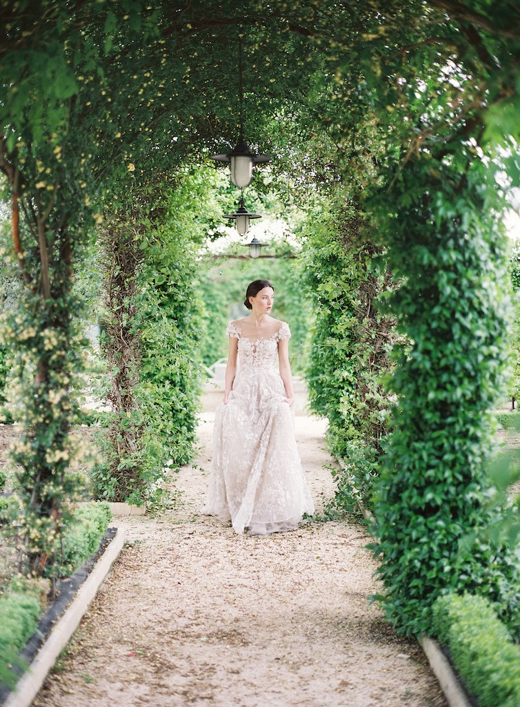 Provencial Romance with a Galia Lahav gown