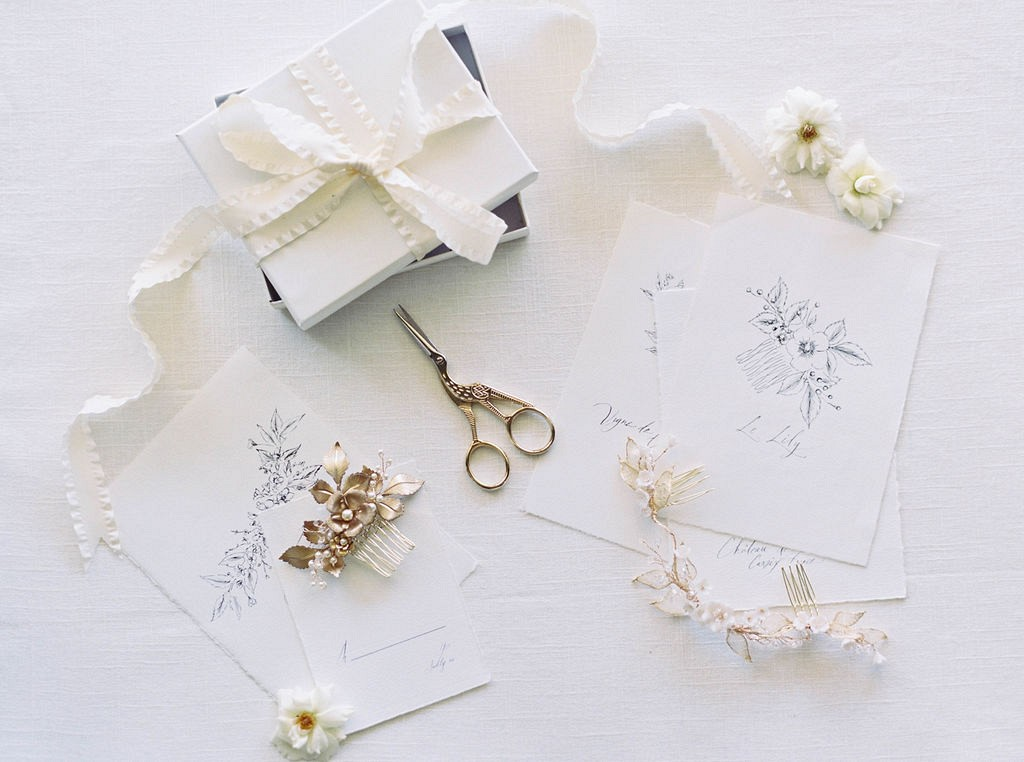 Our favorite bridal hair accessories for the Fine Art Bride