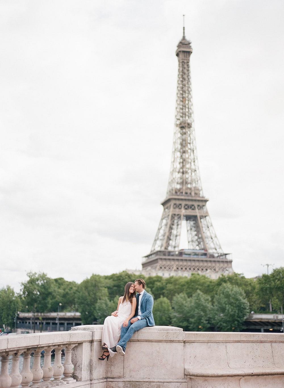 A Parisian couples' session